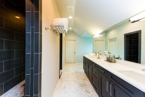 Master bath with 'drive-thru' shower